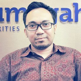 Mohamad Djuarsa (Head Of Information Technology - PT. Trimegah Securities Tbk.)